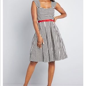 ModCloth Collectif Panache of the past dress 22